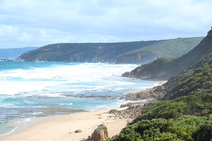 Ryan's Den hike path coastline view