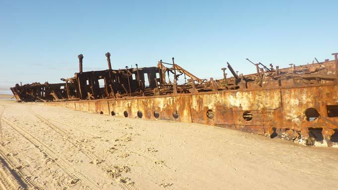 10-Shipwreck-02