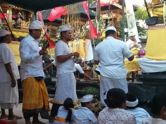 Bali-Galungan Festival Ceremony-02