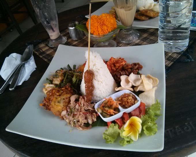 Bali-Ubud-Food-Nasi Campur