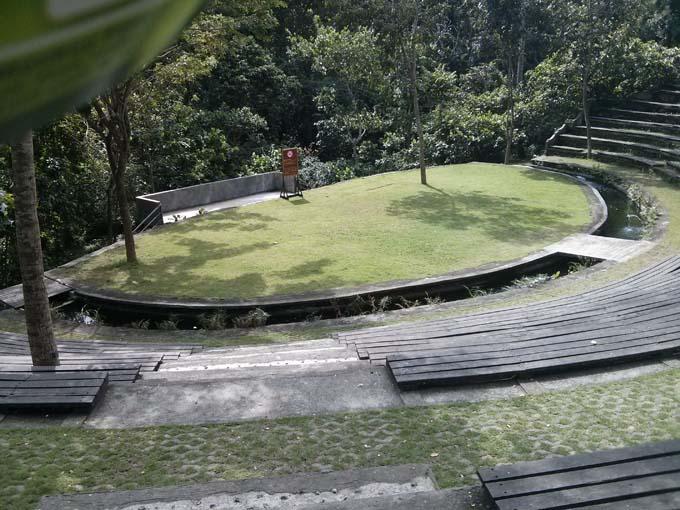 Bali-Ubud-Monkey Forest-21