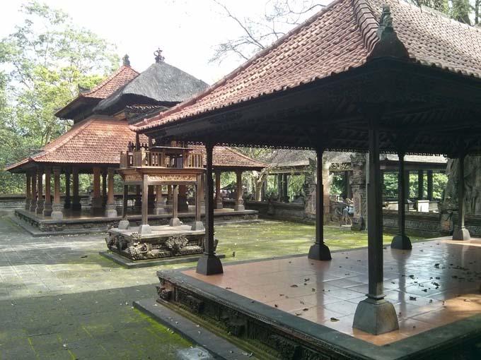 Bali-Ubud-Monkey Forest-50
