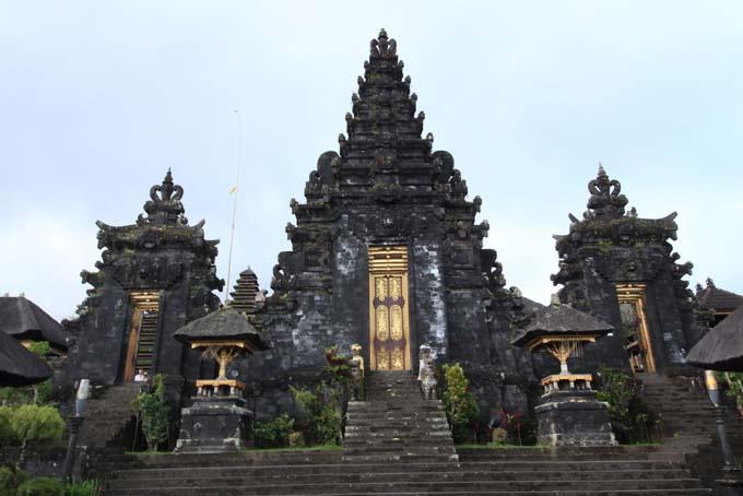 Indonesia-Besakih-05