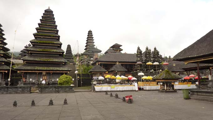 Indonesia-Besakih-08