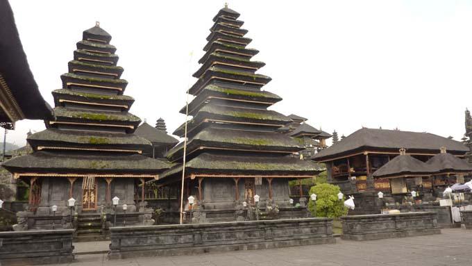 Indonesia-Besakih-15