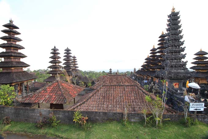 Indonesia-Besakih-18