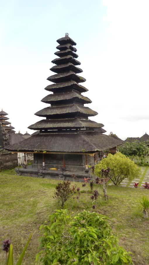 Indonesia-Besakih-23