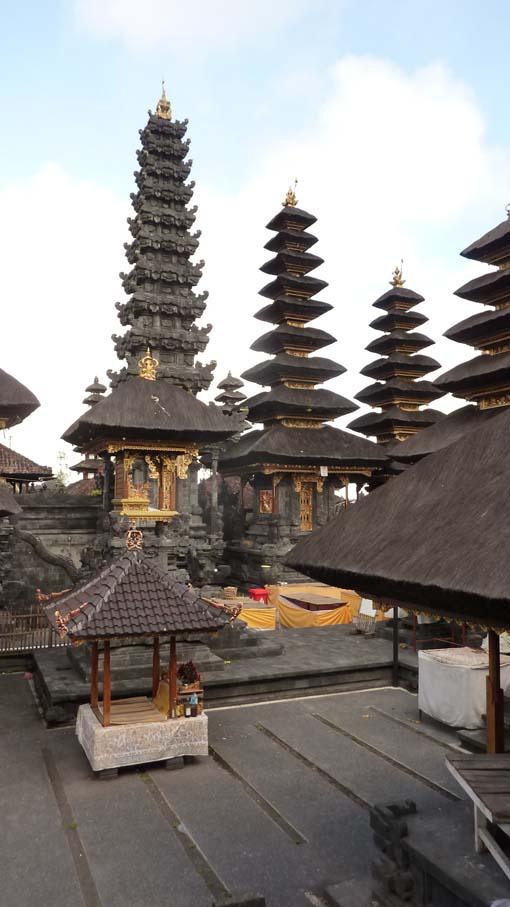 Indonesia-Besakih-26