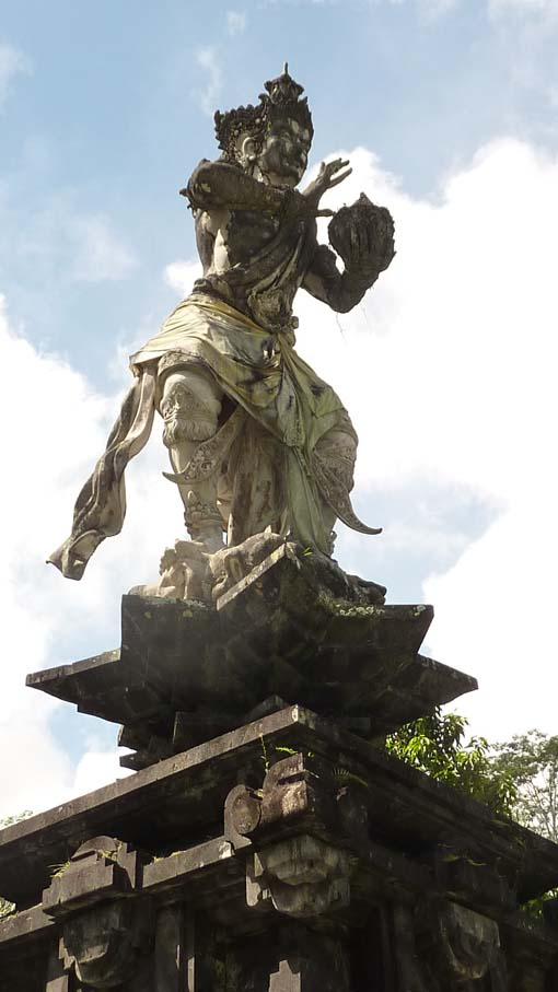 Indonesia-Tampaksiring-01