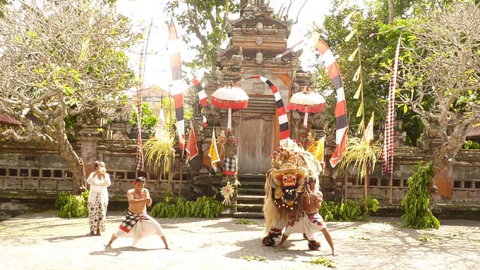 Indonesia-Traditional Dance-15