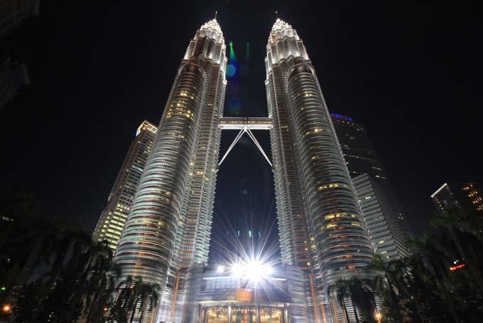 Malaysia-KL-Petronas Twin Towers-11