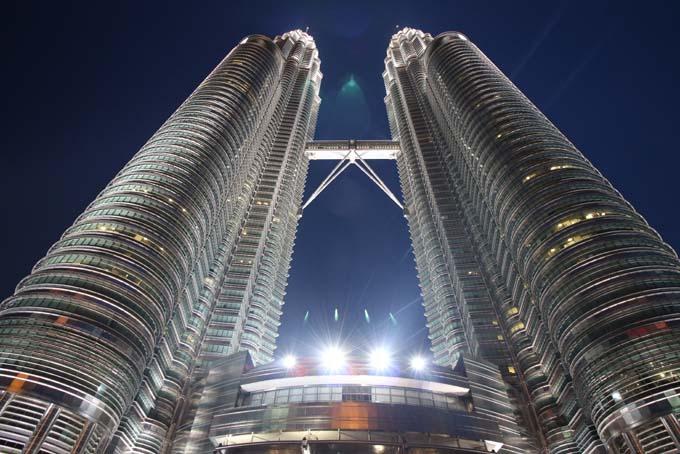 Malaysia-KL-Petronas Twin Towers-12