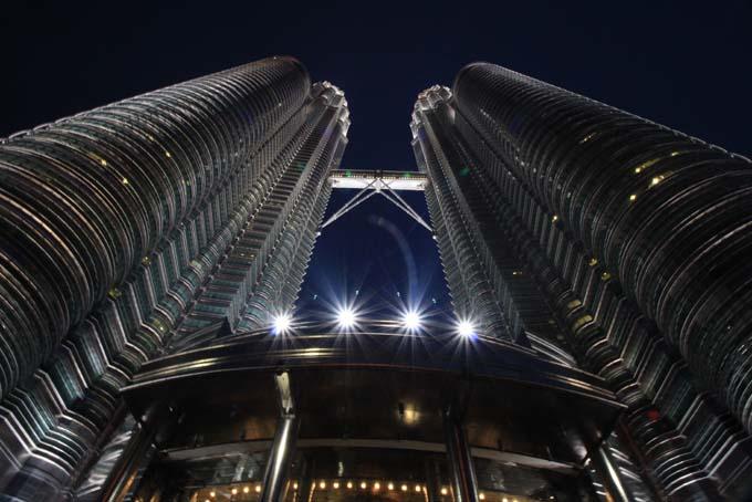 Malaysia-KL-Petronas Twin Towers-13