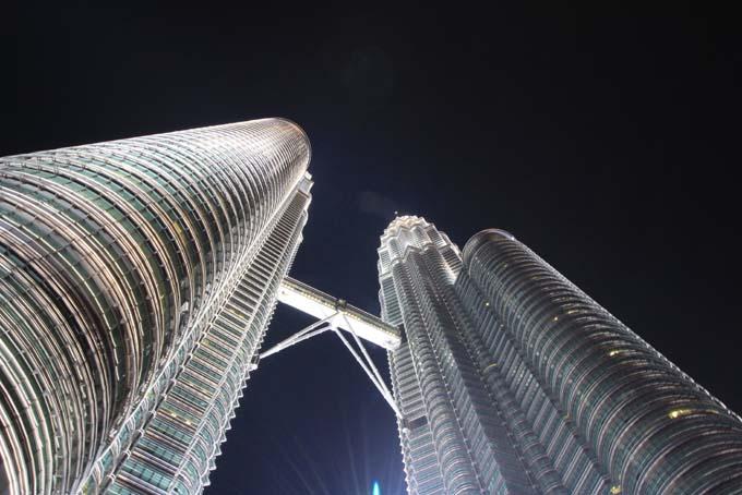 Malaysia-KL-Petronas Twin Towers-16