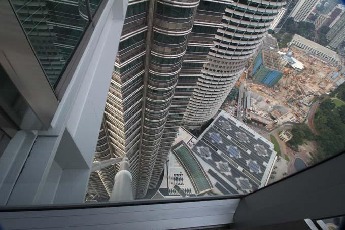 Malaysia-KL-Petronas Twin Towers-24