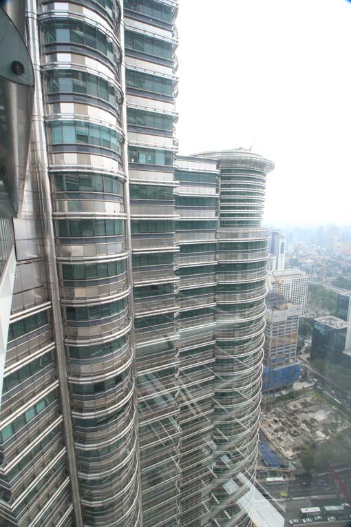 Malaysia-KL-Petronas Twin Towers-26