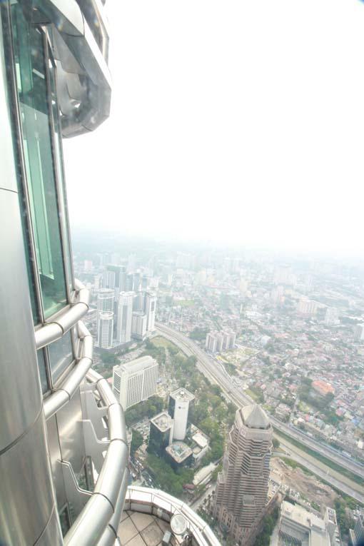 Malaysia-KL-Petronas Twin Towers-27