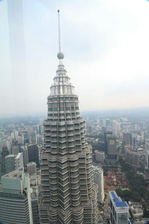 Malaysia-KL-Petronas Twin Towers-54