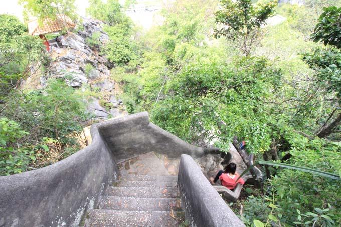 Malaysia-Perak Cave Temple-30