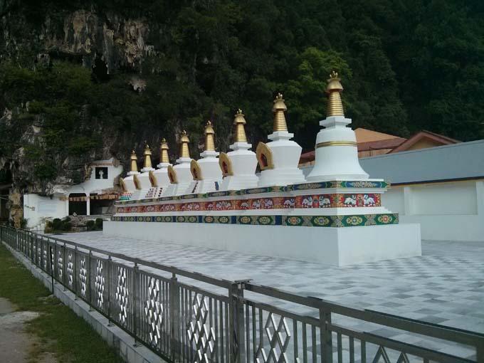 Malaysia-Sam Poh Tong Temple-46