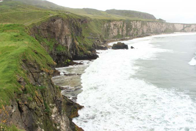 Ireland-547-Carrick A Rede Rope Bridge