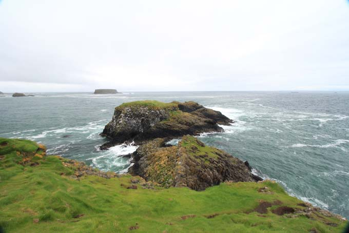 Ireland-548-Carrick A Rede Rope Bridge