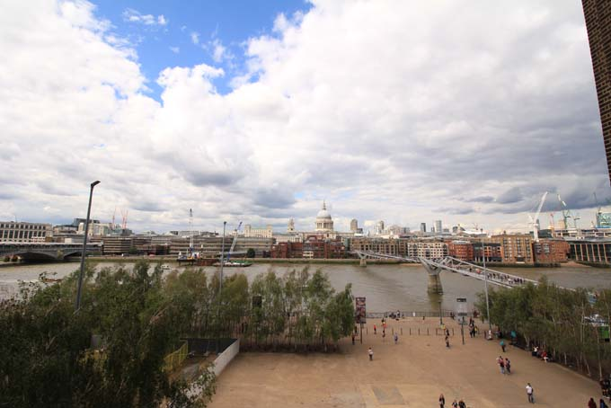 London-069A