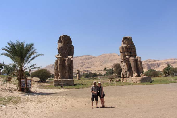 Egypt-Colossei Memnom-01
