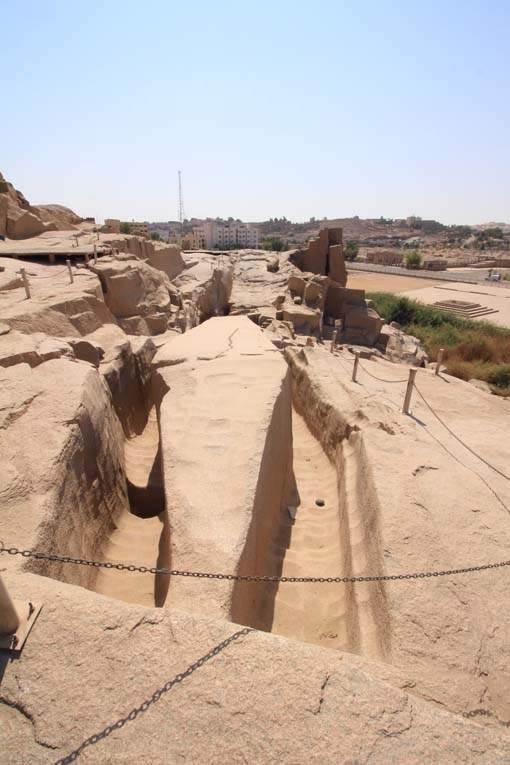 Egypt-Unfinished Obelisk-10