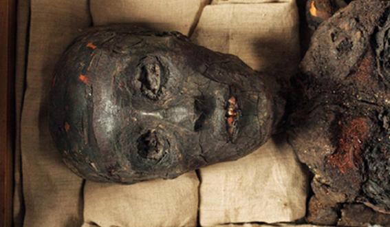 KV 62 - Tutankhamen-05