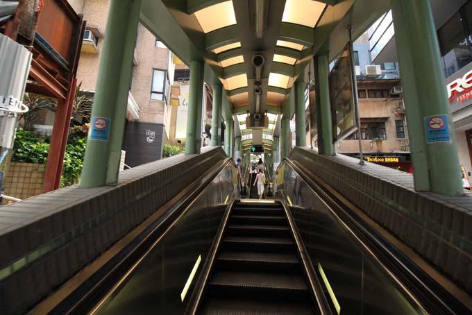 Hong Kong-Escalator-01