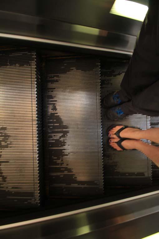 Hong Kong-Escalator-05