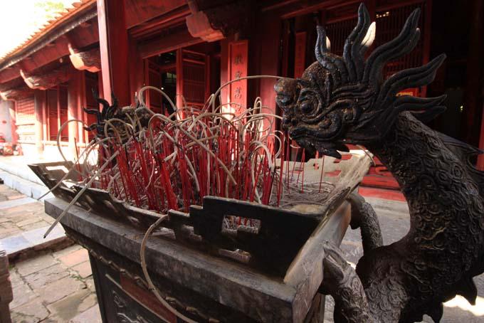 Hanoi-Temple of Literature-035