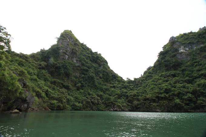 Vietnam-Cat Ba-Ha Long Tour-030