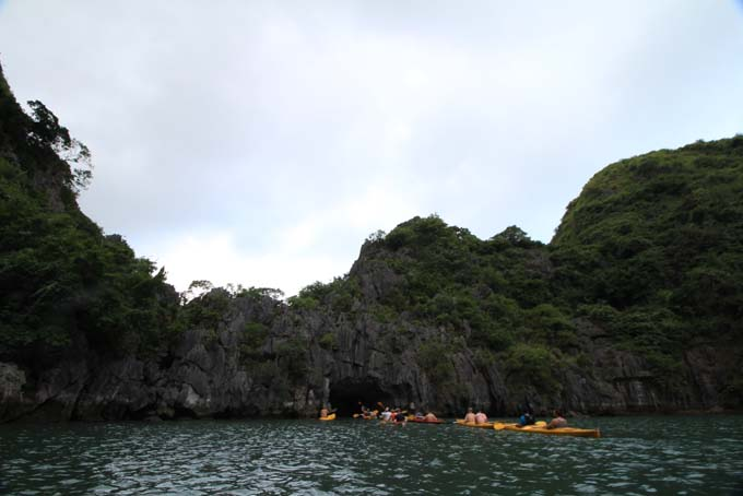 Vietnam-Cat Ba-Ha Long Tour-032