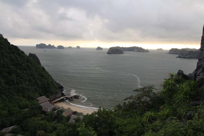 Vietnam-Cat Ba-Ha Long Tour-081