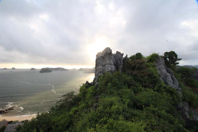 Vietnam-Cat Ba-Ha Long Tour-087