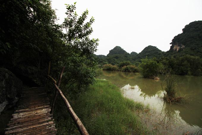 Vietnam-Ninh Binh-061