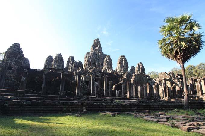 Bayon Temple-01