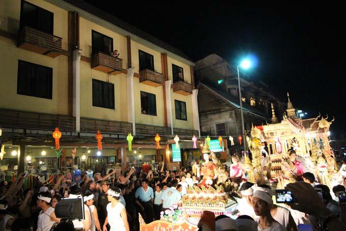 Chiang Mai-Yi Peng-015