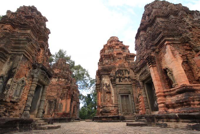 Preah Ko-02