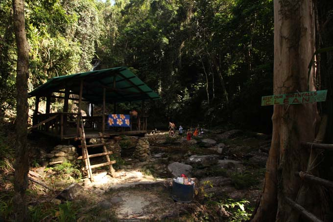 Waterfall Hike-08